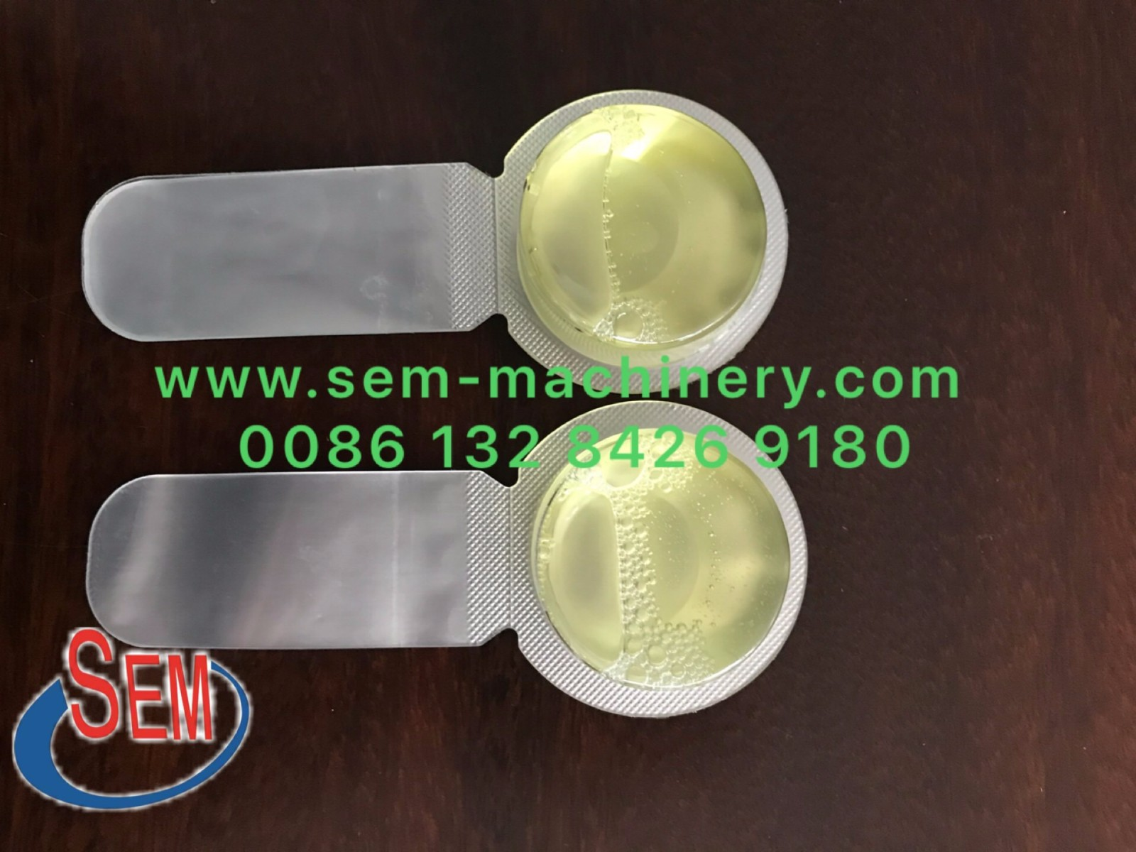 Cosmetic lotion cream liquid blister packing machine